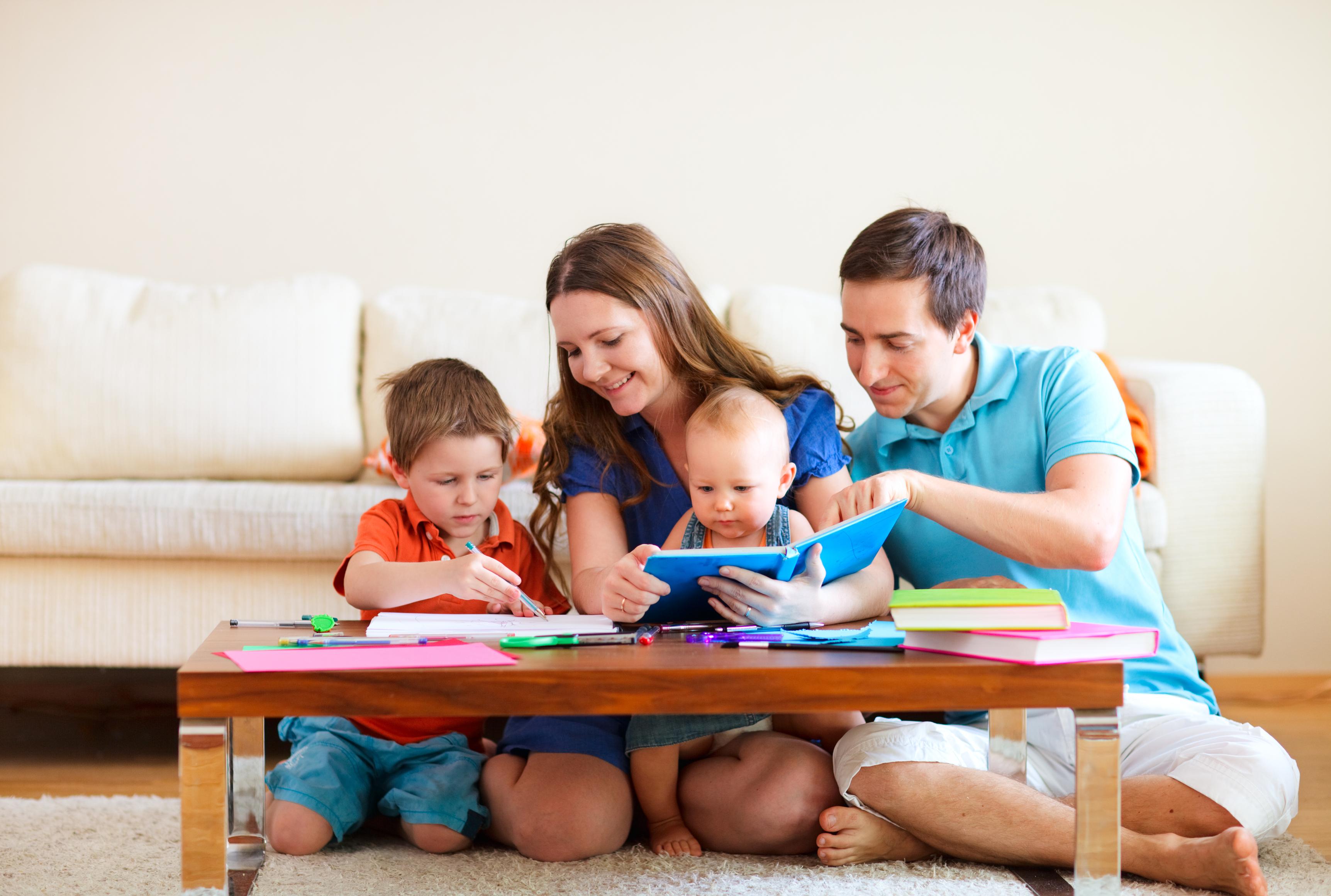 Anne-Babalara Yönelik Eğitimler